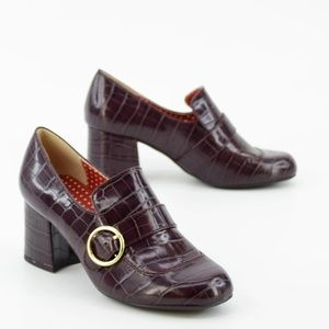 Modcloth Catberry plum buckle loafer heels